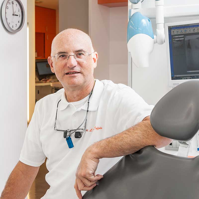 dr. Lucio Della Toffola  Medico Chirurgo odontoiatra studio dentistico Orange