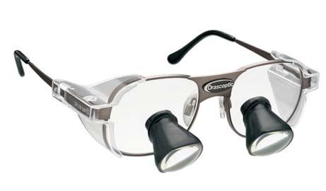 occhiali ingrandenti per valutazione patologie